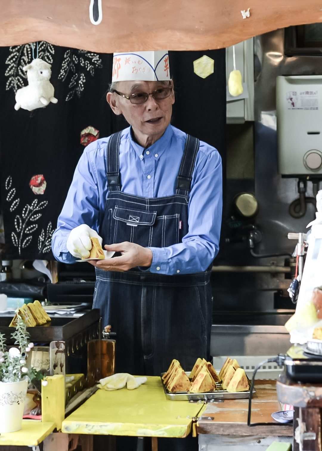 Sweet potato onigiri vendor